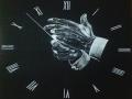 제목: 시간.. : 제목: 시간과 공간 검은 A1크기 종이위에 흰색 숯 연필로 그림 스케치판,sketchpan